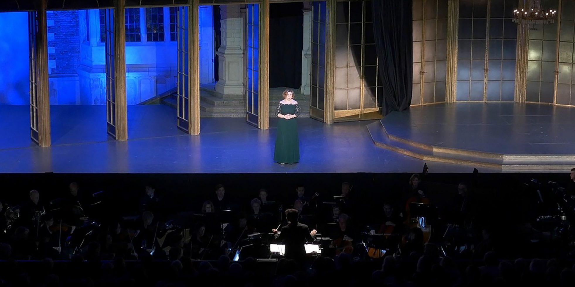Natalya Romaniw sings &#8216&#x3B;Otchego eto prezhde ne znala&#8217&#x3B; from Iolanta