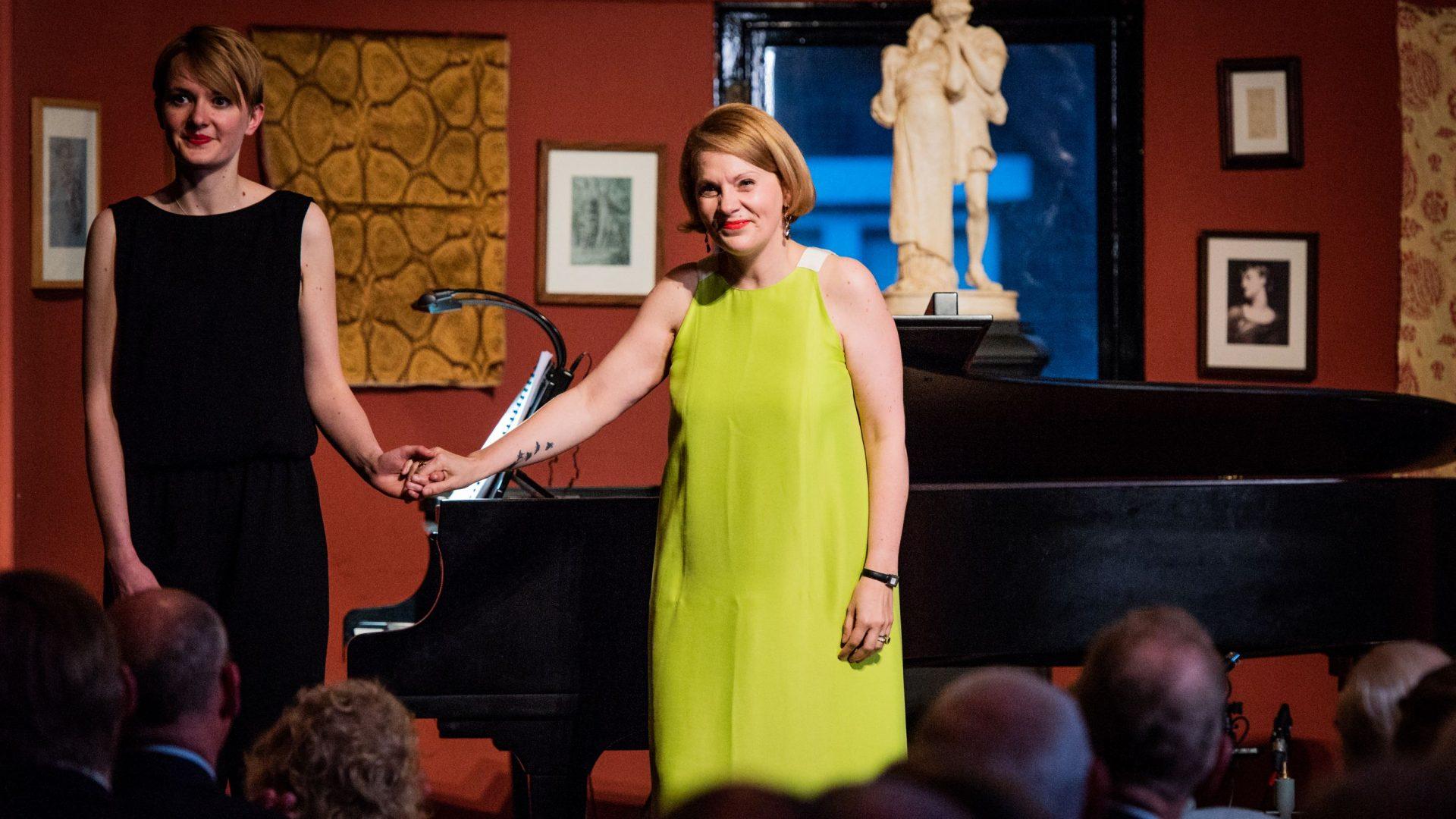 Anne Sophie Duprels performs 'Morro, ma prima in grazia'