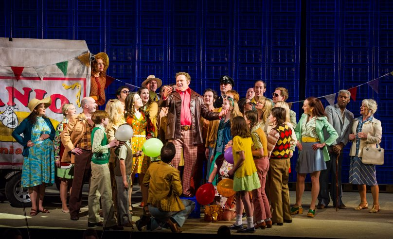 Opera Holland Park Chorus in Pagliacci, June 2013 © Alex Brenner