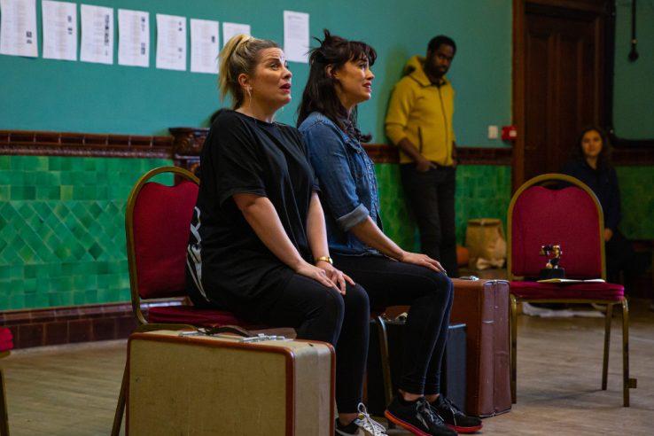 Louise Dearman as Ruth and Siubhan Harrison as Eileen in Wonderful Town, 2021 © Danny Kaan