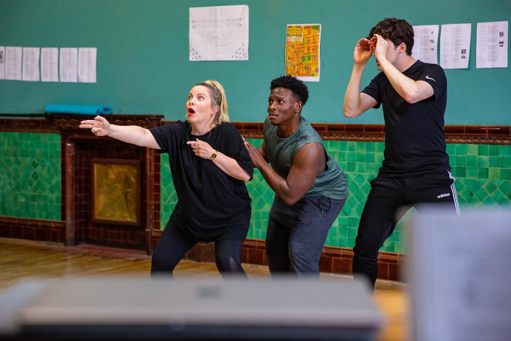 Louise Dearman as Ruth, Gregory Haney as Speedy Valentine and Jason Kajdi as Officer Lonigan, 2021 © Danny Kaan