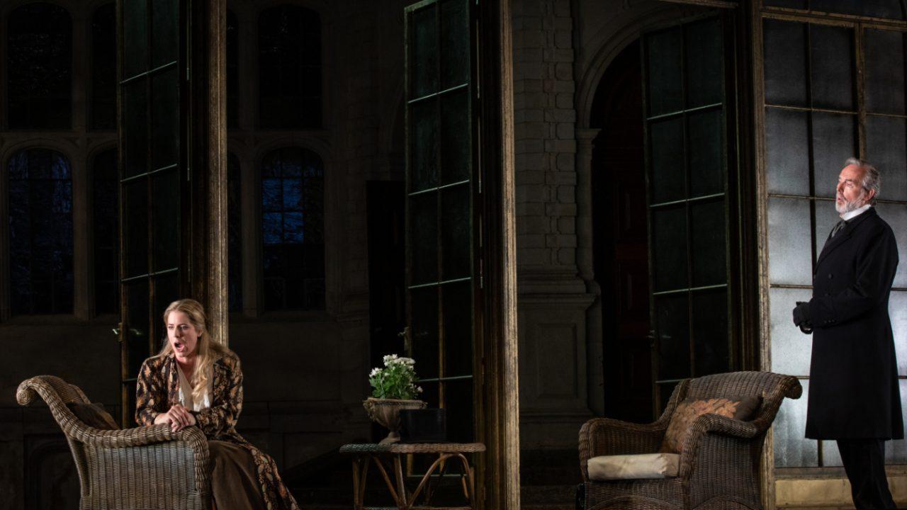 Lauren Fagan as Violetta and Stephen Gadd as Giorgio Germont in La Traviata, 2021 © Ali Wright