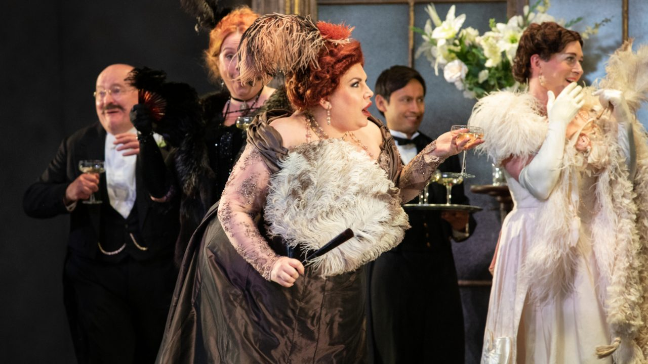 Laura Woods as Flora with Members of the Opera Holland Park Chorus in La Traviata, 2021 © Ali Wright