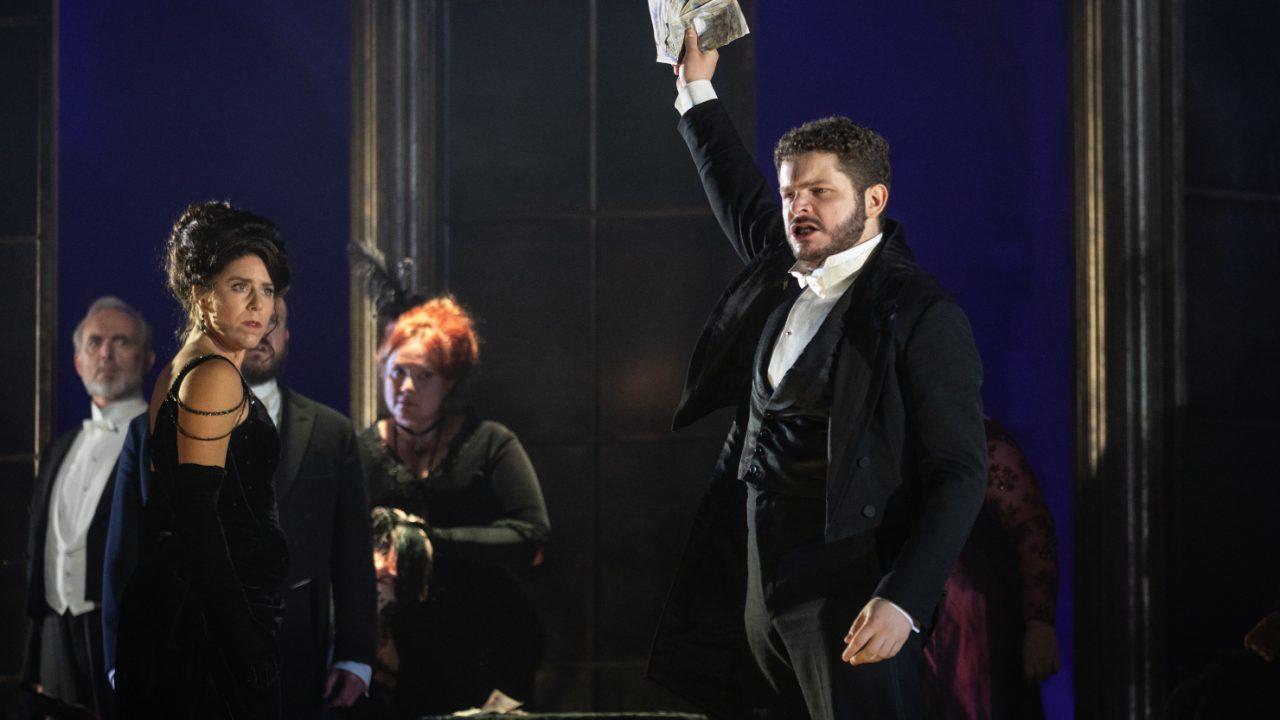 Lauren Fagan as Violetta and Matteo Desole as Alfredo in La Traviata, 2021 © Ali Wright