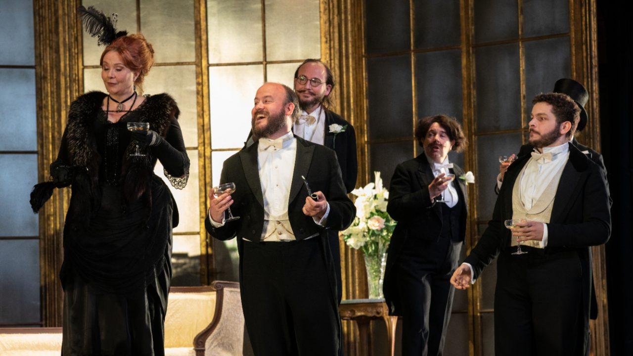 Matteo Desole as Alfredo with Members of the Opera Holland Park Chorus in La Traviata, 2021 © Ali Wright
