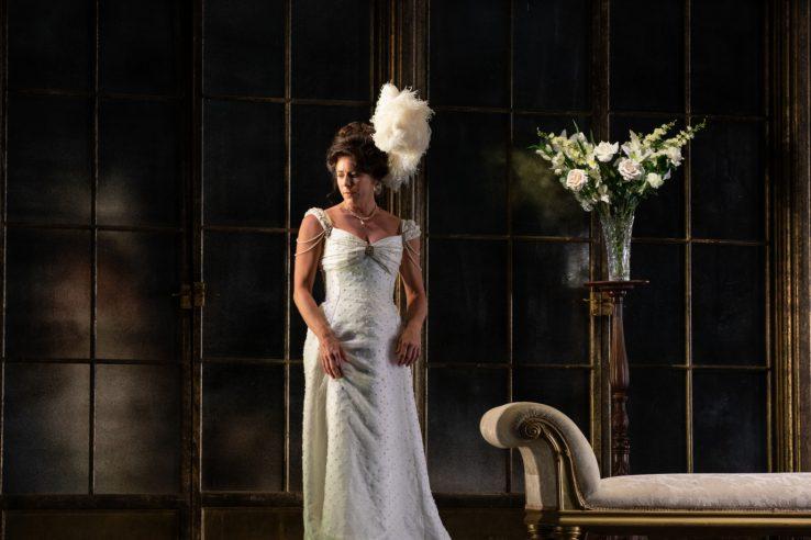 Lauren Fagan as Violette in La Traviata, 2021 © Ali Wright