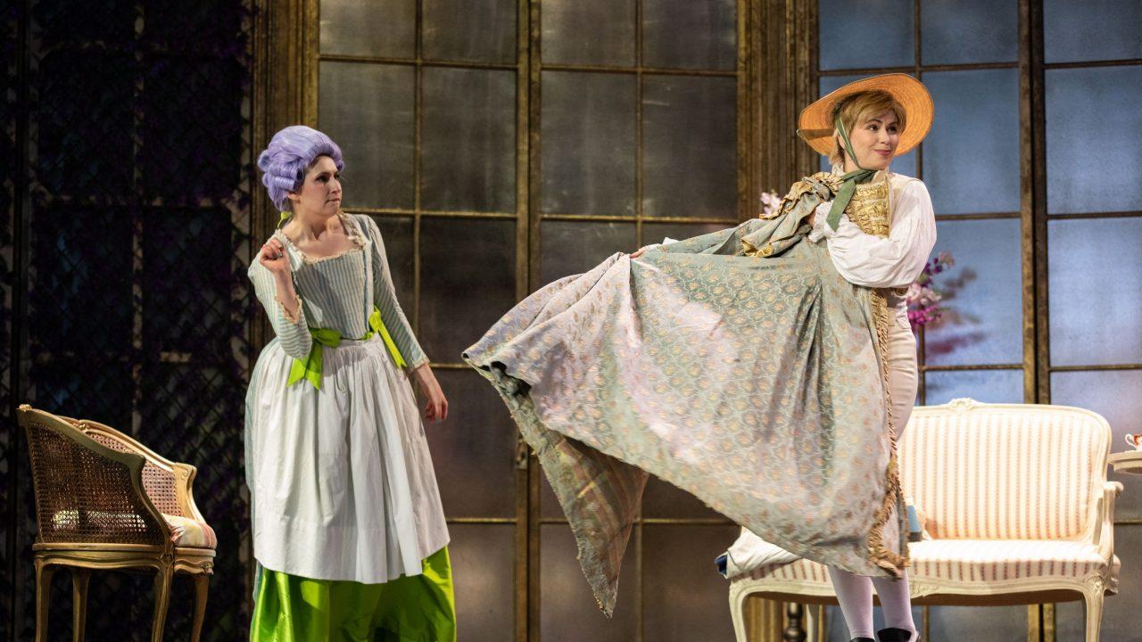 Elizabeth Karani as Susanna and Samantha Price as Cherubino in The Marriage of Figaro, 2021 © Ali Wright
