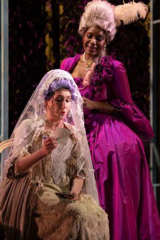 Elizabeth Karani as Susanna and Nardus Williams as Countess Almaviva in The Marriage of Figaro, 2021 © Ali Wright