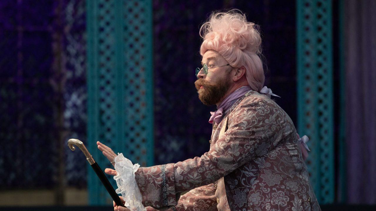 Daniel Norman as Basilio in The Marriage of Figaro, 2021 © Ali Wright