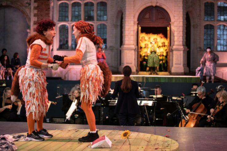 Julia Sporsén as The Fox and Jennifer France as The Vixen in The Cunning Little Vixen at Opera Holland Park, 2021 © Ali Wright