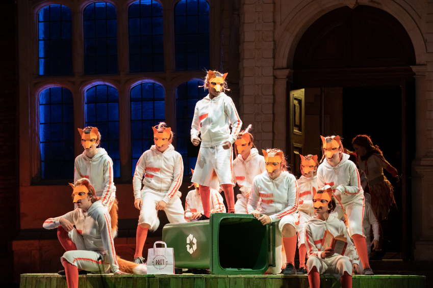 Member's of the Children's Chorus in The Cunning Little Vixen at Opera Holland Park, 2021 © Ali Wright